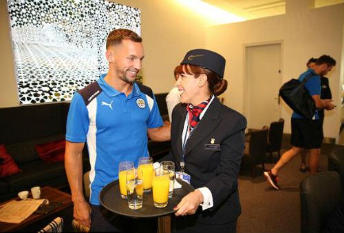 Leicester đến Mỹ: Không CĐV, chỉ có tiếp viên và Beckham - 7