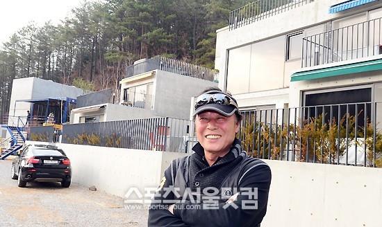 Cha mẹ G-Dragon sống vương giả trong tòa nhà triệu đô - 3