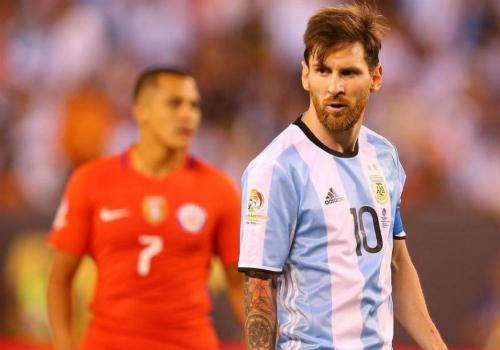 """Kiểu tóc Messi: Từ thư sinh thành """"tay chơi"""" số 1 - 9"""
