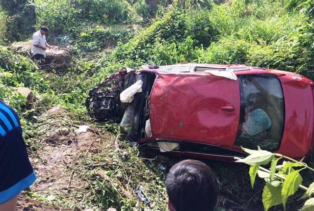 Ô tô BMW lao xuống vực, 7 người thương vong - 1
