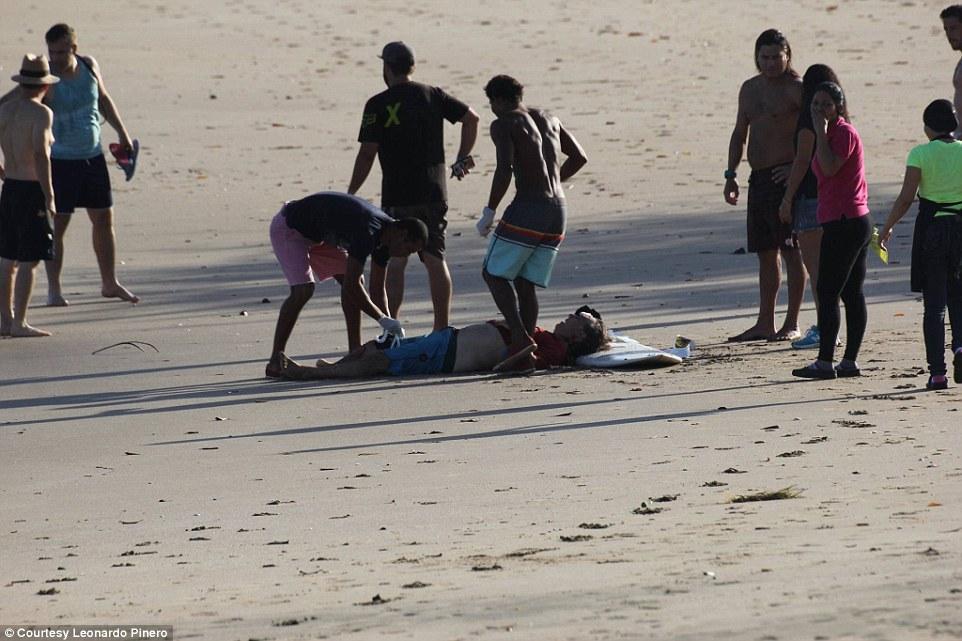 Cá sấu ngoạm đứt chân du khách ở bãi biển Costa Rica - 4