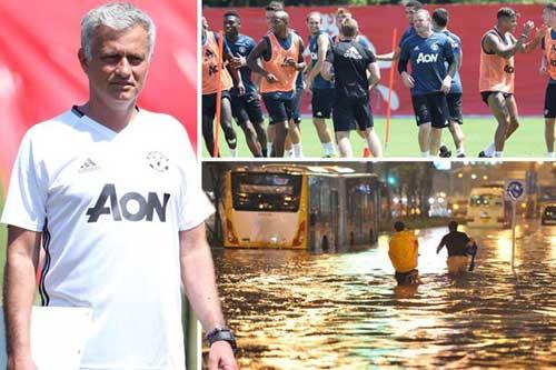 MU – Mourinho lỡ derby: Tái ông thất mã - 1