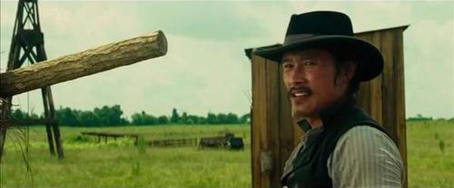 Phim cao bồi viễn Tây của Lee Byung Hun gây sốt - 3