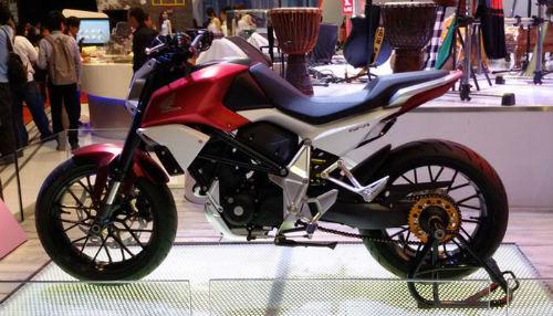 Honda CBR250RR bản thể thao chồm lỡ lộ ảnh - 2