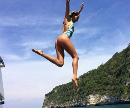 Dàn VĐV mỹ nam, mỹ nữ khoe thân hình lung linh trước Olympic - 1