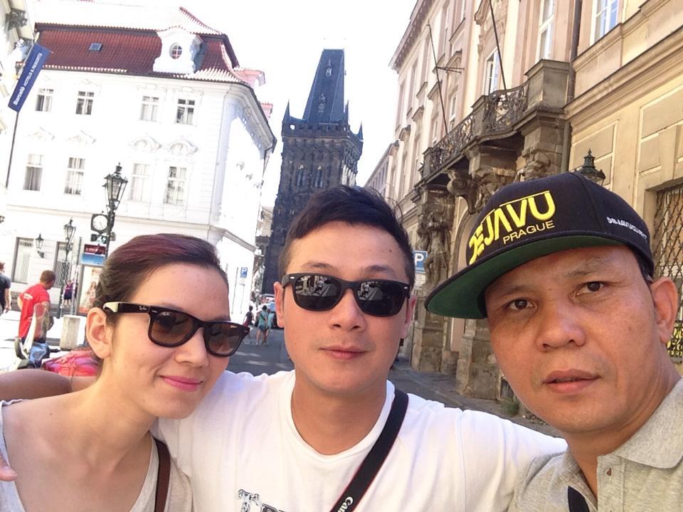 """Cuộc sống đáng mơ ước của MC Anh Tuấn và vợ """"hoa hậu"""" - 1"""