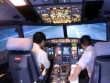 Phi công bất an vì tiếp tục bị chiếu tia laze vào buồng lái