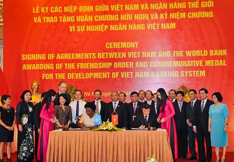 WB ký khoản vay 371 triệu USD cho Việt Nam - 1