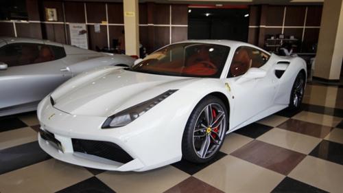 Ferrari 488 GTB mới mua của Cường Đô la có gì đặc biệt? - 2