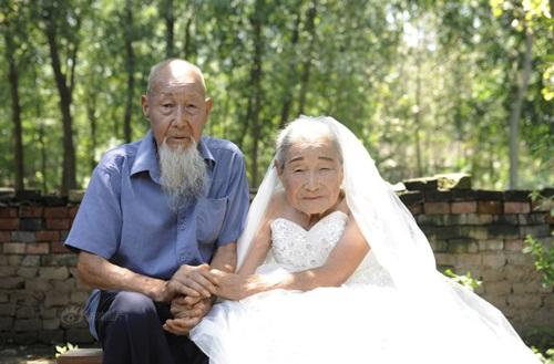 Cặp vợ chồng TQ 103 tuổi kỷ niệm đám cưới kim cương - 2