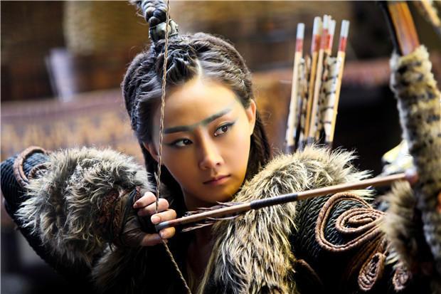 Điểm mặt những đả nữ tuyệt sắc trong phim Thành Long - 13