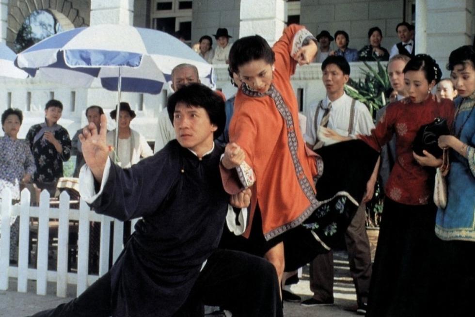 Điểm mặt những đả nữ tuyệt sắc trong phim Thành Long - 14