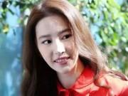 Gương mặt khó coi của Lưu Diệc Phi khiến fan bức xúc