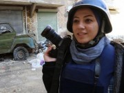 """Những nữ nhà báo không sợ """"đầu rơi máu chảy"""" ở Syria"""