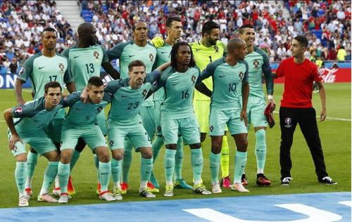 Những khoảnh khắc ấn tượng của Euro 2016 - 1