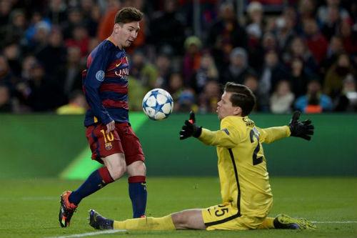 Siêu phẩm đẹp nhất mùa: Messi đọ tài Higuain - 1