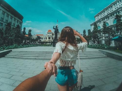 """Ghen tị cặp đôi Việt """"nắm tay nhau đi khắp thế gian"""" - 18"""