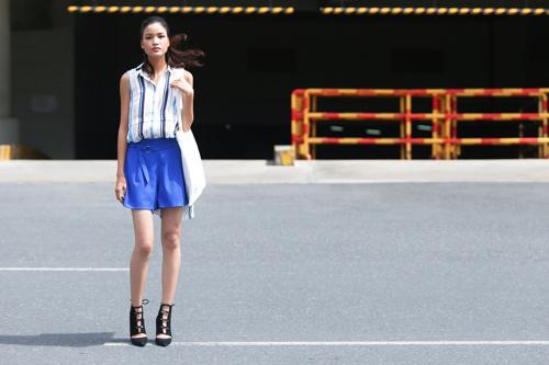 Chà Mi Next Top Model xuống phố với sắc xanh mát mắt - 2