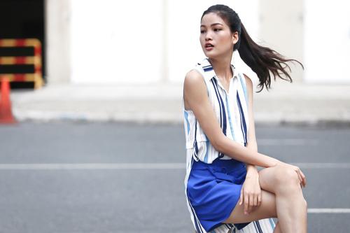 Chà Mi Next Top Model xuống phố với sắc xanh mát mắt - 1
