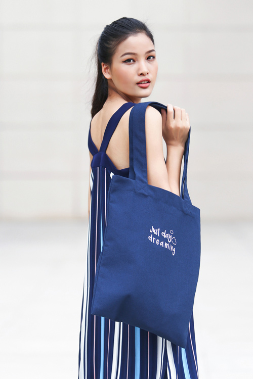 Chà Mi Next Top Model xuống phố với sắc xanh mát mắt - 7