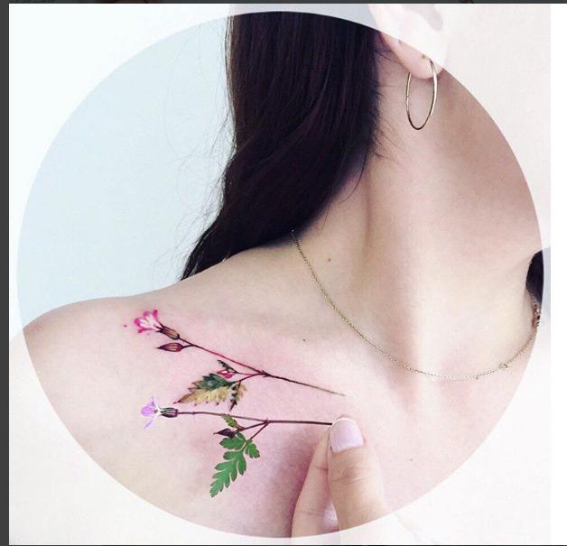 Ngỡ ngàng với hình xăm hoa lá đẹp tới mức nín thở - 16
