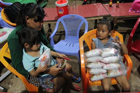 Bữa cơm của 2 gia đình sau gần 4 năm bị trao nhầm con - 11