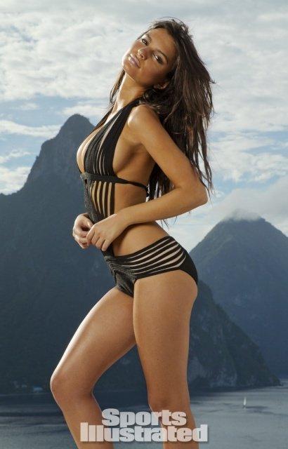 Mẫu nữ hút 7,1 triệu fan bày cách chụp bikini đẹp mê người - 11