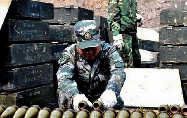 Lỗ hổng nghiêm trọng trong quân đội Trung Quốc - 1