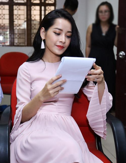 """Chi Pu bất ngờ tham gia """"bộ sậu"""" The Voice Kids - 2"""