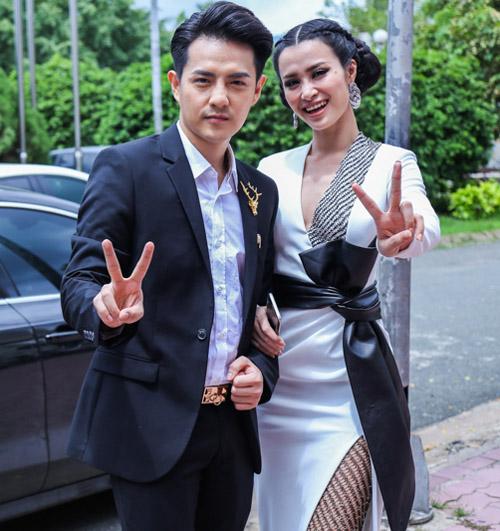 """Chi Pu bất ngờ tham gia """"bộ sậu"""" The Voice Kids - 3"""