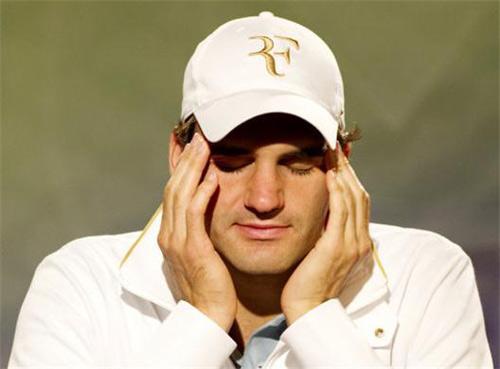 Federer sẽ rời top 10: 14 năm mới buồn đến vậy - 1