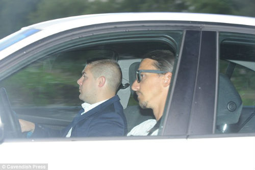 Tin HOT tối 27/7: Ibrahimovic hội quân cùng MU - 2