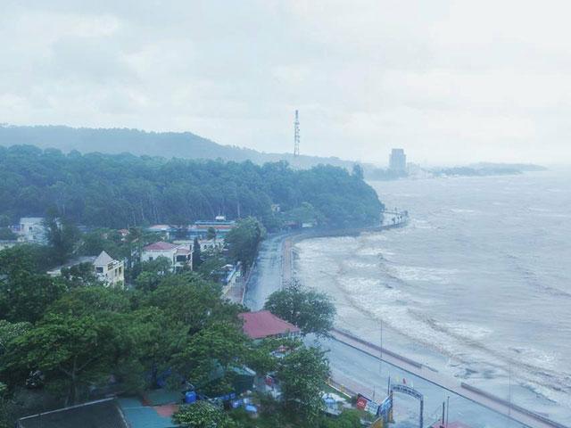 Bão số 1 gây mưa to, sóng lớn - 2