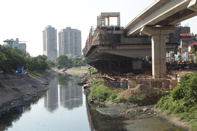 Ảnh: 12 nhà ga đường sắt Cát Linh-Hà Đông dần thành hình - 11