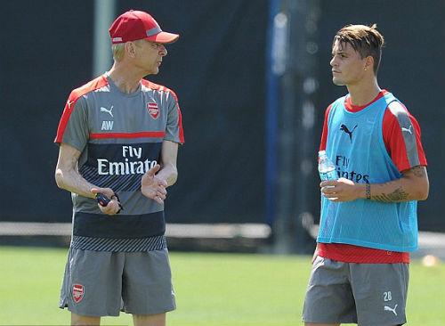 Arsenal tiếp cận Martial: Quyết liệt hơn đi ngài Wenger - 1