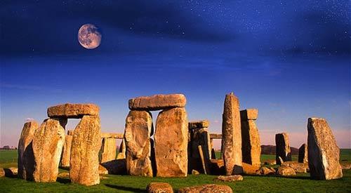 Bí ẩn những khối đá Stonehenge ở xứ sương mù - 1