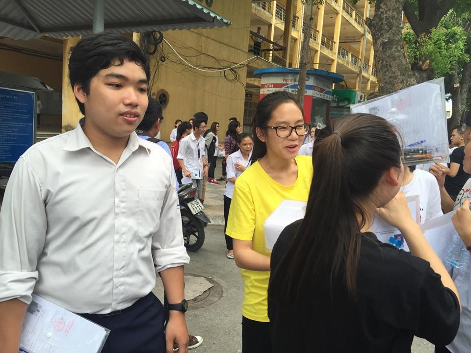 Hôm nay, Bộ GD-ĐT công bố điểm sàn vào đại học - 1