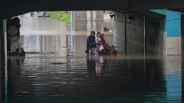 Bắc Kinh ngập sâu trong biển nước trừ Tử Cấm Thành - 5