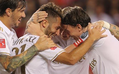 Bayern Munich - AC Milan: Đại tiệc rượt đuổi - 1