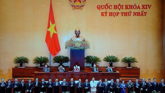 Chính phủ do Thủ tướng Nguyễn Xuân Phúc đứng đầu ra mắt QH - 1