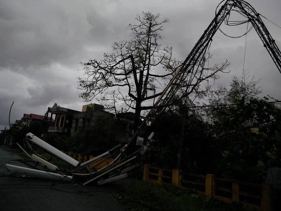 Bão số 1 càn quét, các tỉnh ven biển miền Bắc thiệt hại nặng nề - 1