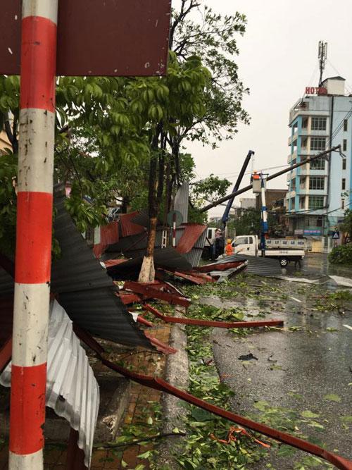 Bão số 1 càn quét, các tỉnh ven biển miền Bắc thiệt hại nặng nề - 19