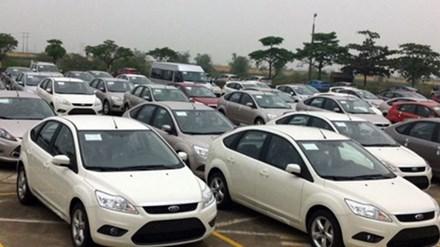 Việt Nam nhập khẩu gần 50.000 xe ô tô trong 6 tháng - 1