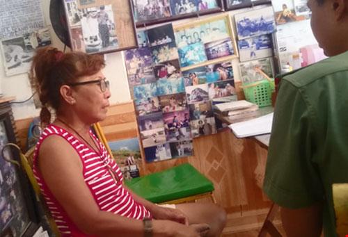Tịch thu poster xuyên tạc biển Đông thành biển TQ - 2