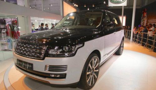 Range Rover thế hệ mới sẽ đối đầu với Bentley Bentayga - 1