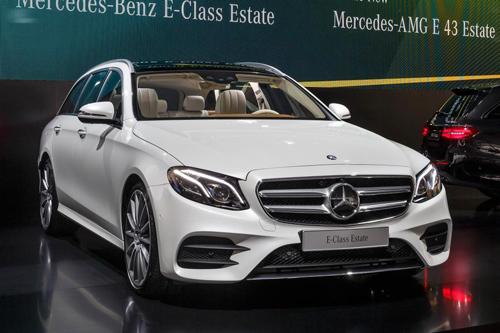 Mercedes-Benz E-Class Estate 2017 niêm yết giá tại Anh - 1