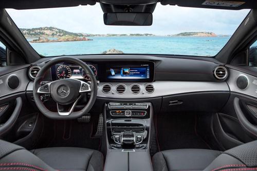 Mercedes-Benz E-Class Estate 2017 niêm yết giá tại Anh - 5