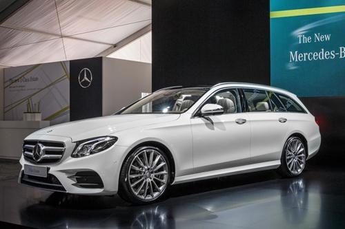 Mercedes-Benz E-Class Estate 2017 niêm yết giá tại Anh - 2