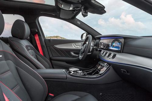 Mercedes-Benz E-Class Estate 2017 niêm yết giá tại Anh - 4