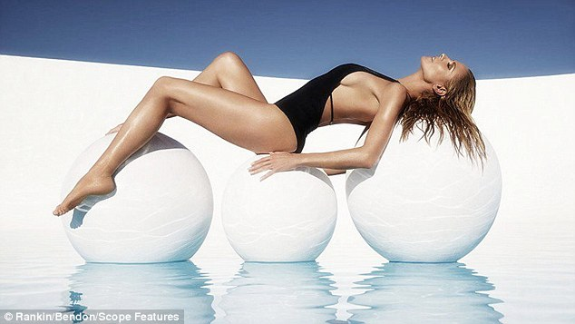 Siêu mẫu nóng bỏng Heidi Klum sợ bikini nhiều dây - 6